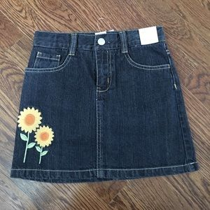 NWT Gymboree Girl's denim skirt with pockets
